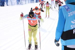 Johan øket meter for meter på Petter mens John Kristian halsende bak Fot: Skigal